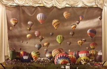 Large 8 x 10' Balloon Backdrop
